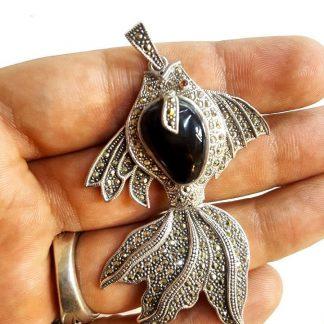 مدال ماهی نقره 925 عیار نگین مارکازیت الماس