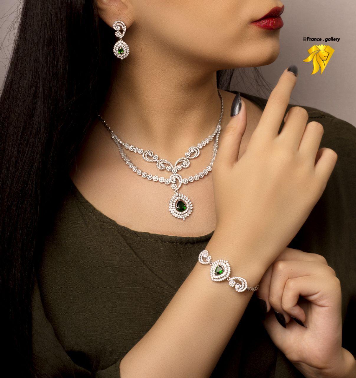 سرویس جواهری زمرد نقره روکش طلا