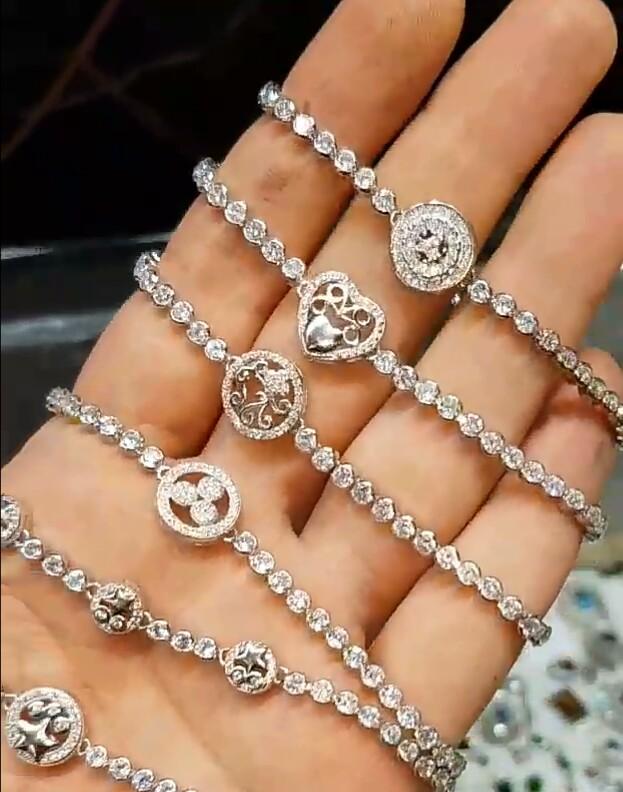 دستبندهای اسانسوری جواهری نگین دار