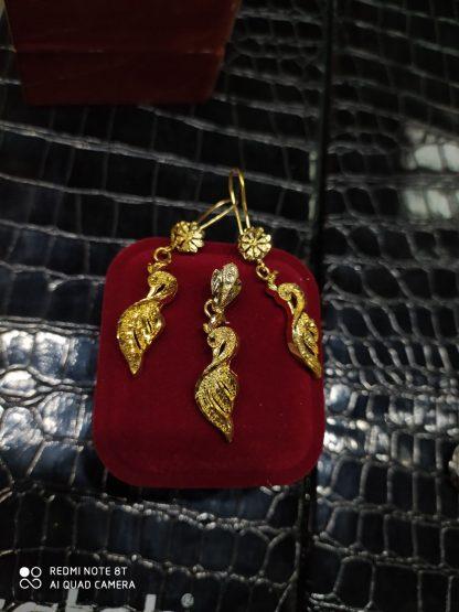 نیم ست طاووس طرح طلا