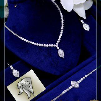 سرویس جواهر فلاور آویز نقره روکش طلا سفید