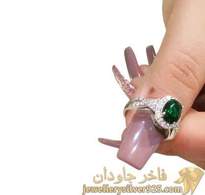 انگشتر زمرد طرح جواهر زنانه تصویر پنجم