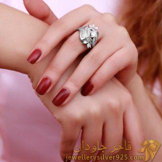 انگشتر خارجی نقره روکش طلا سفید طرح نیم گل