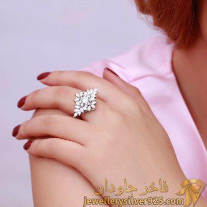 انگشتر خارجی نقره روکش طلا سفید طرح گل